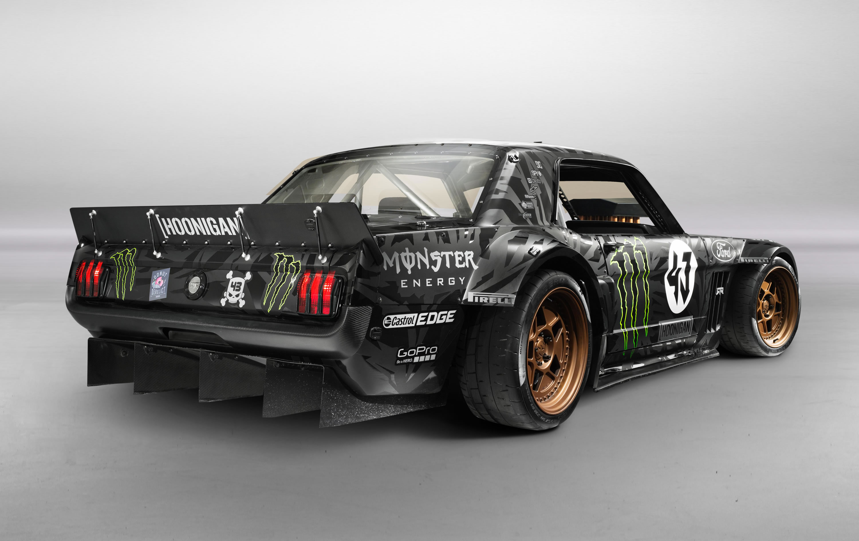 First shown at the 2014 sema show the mustang is a collaborative effort between block