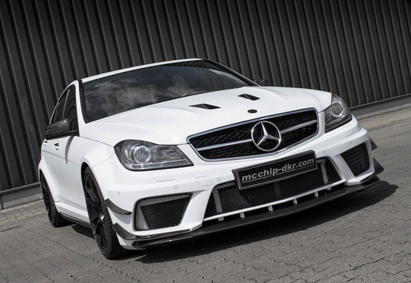 2010 mercedes benz c63 amg mc8xx by mcchip dkr front photo ibis white color size 1015 x 700. Black Bedroom Furniture Sets. Home Design Ideas