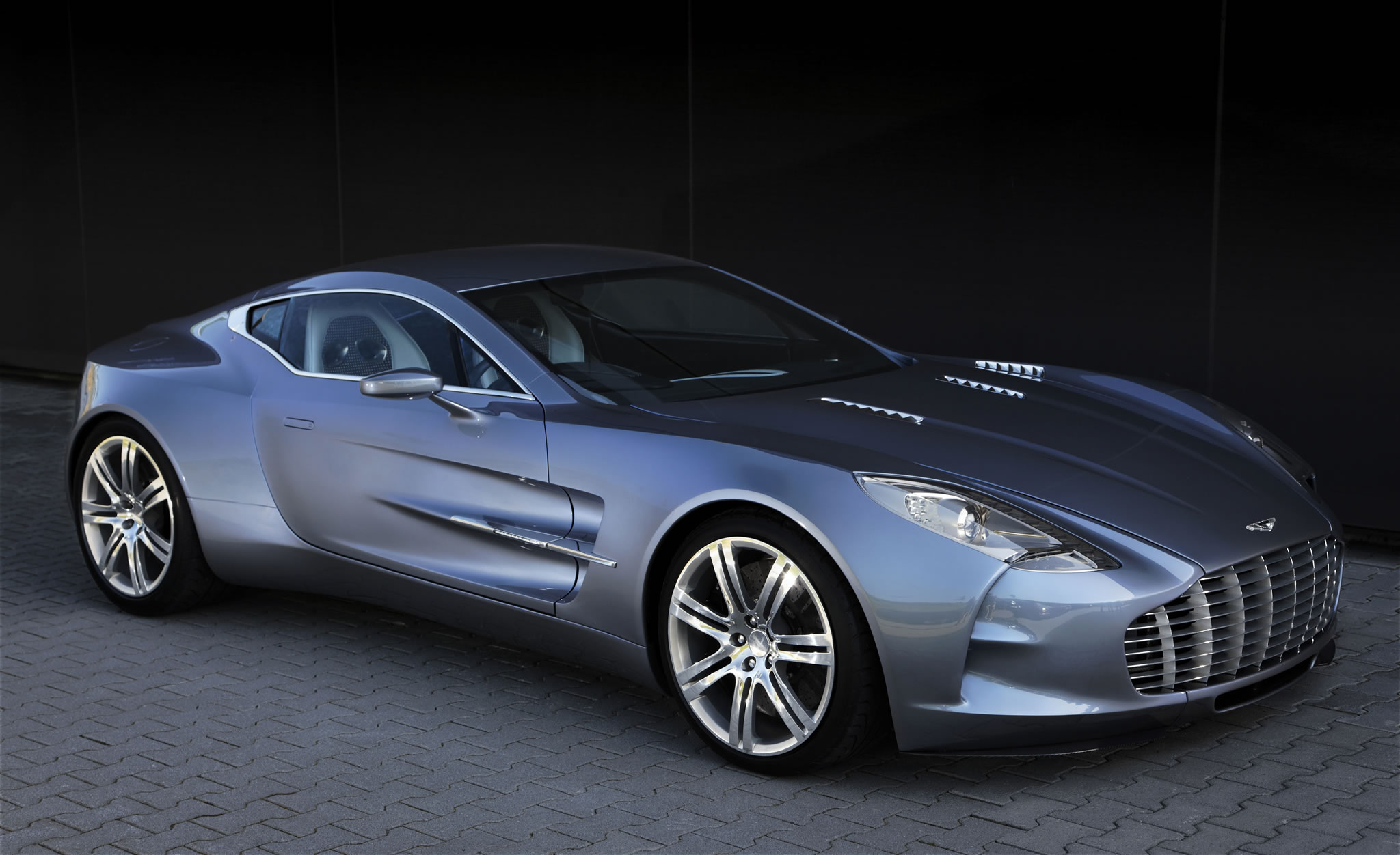 Aston Martin One Photos Specs And Review RS - Aston martin one77