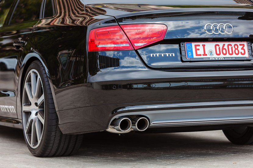 2013 audi s8 biturbo by mtm detail photo exhaust taillights size 2048 x 1365 nr 11 11. Black Bedroom Furniture Sets. Home Design Ideas