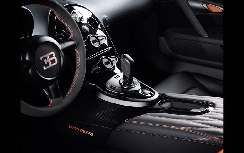 2013 bugatti veyron 16 4 grand sport vitesse wrc interior photo gear lever size 2048 x 1280. Black Bedroom Furniture Sets. Home Design Ideas