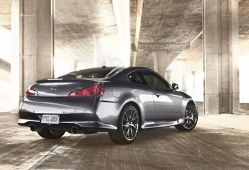 The IPL G Coupe is not shy to show its performance potential with its two large exhaust tips.