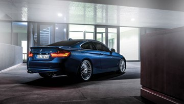 The design of the 2014 BMW Alpina B4 Biturbo Coupé combines muscular and 