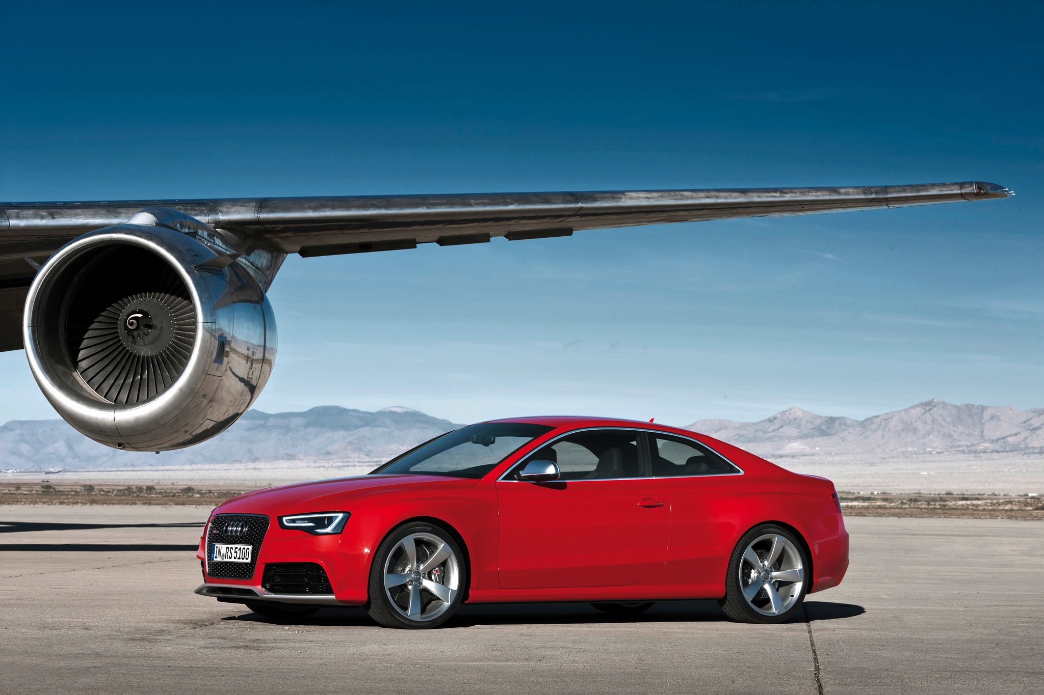 2014 audi rs 5 coupe front photo misano red color airplane wing size 2048 x 1365 nr 20 49. Black Bedroom Furniture Sets. Home Design Ideas