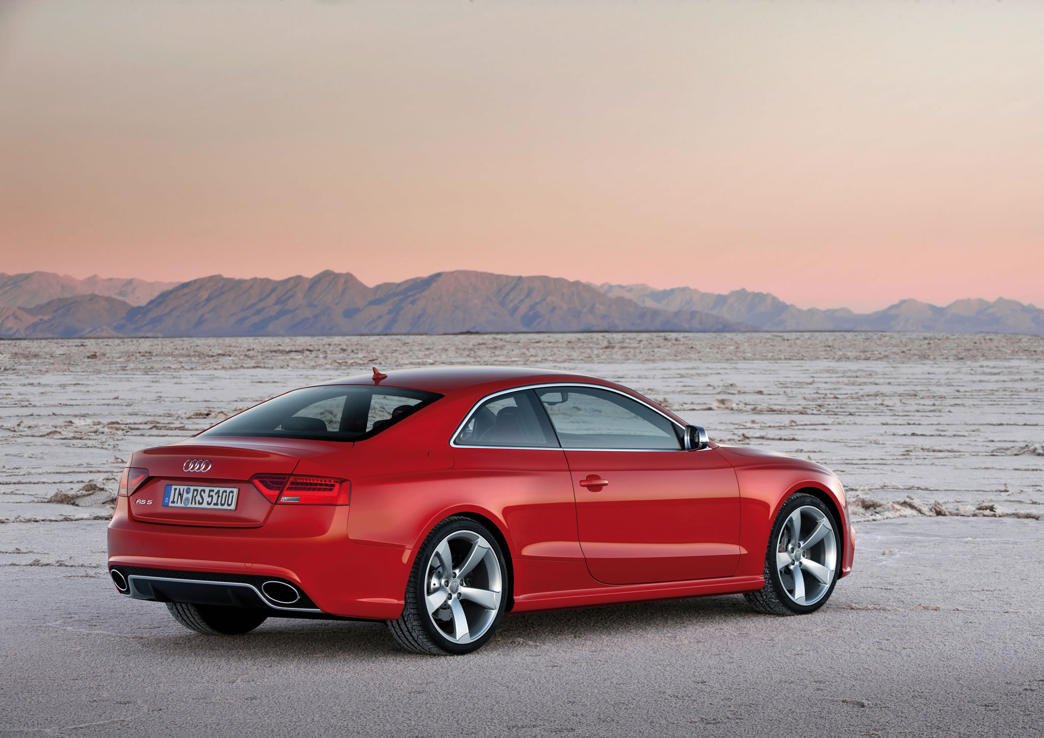 2014 audi rs 5 coupe rear photo misano red color size 2048 x 1448 nr 31 49. Black Bedroom Furniture Sets. Home Design Ideas