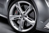 detail, 20-inch wheels, Daytona Grey matt color
