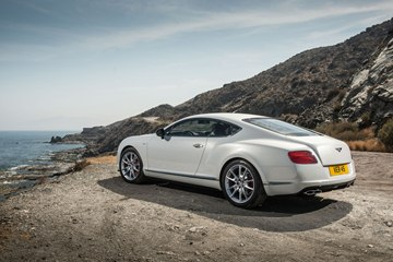 The 2014 Continental GT V8 S Coupe is a stylish, luxury coupe with sporting agility.