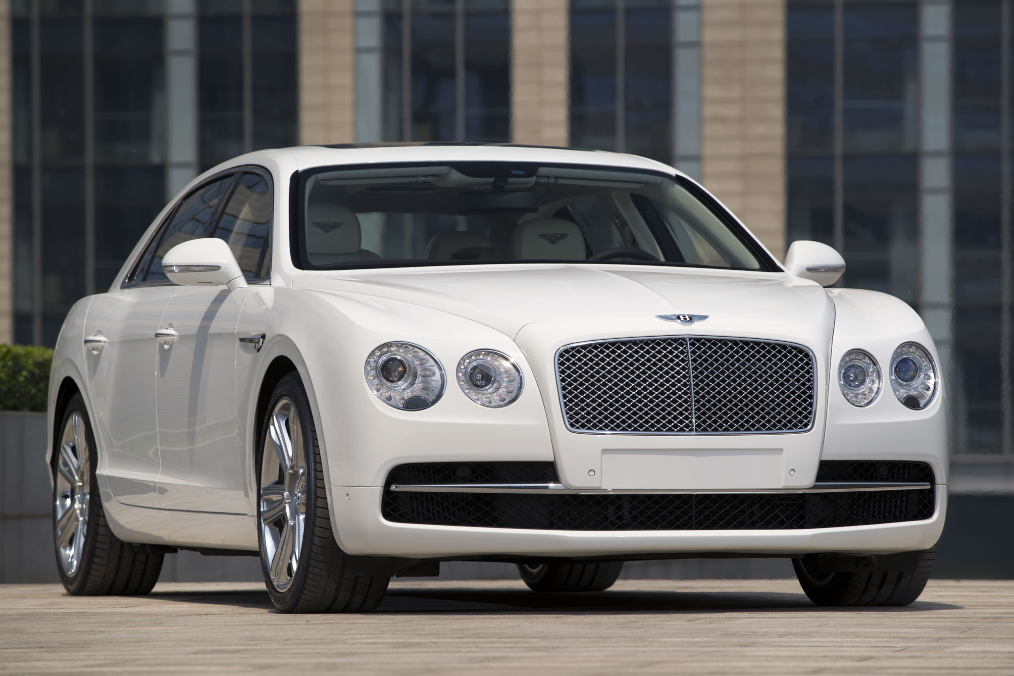 2014 Bentley Flying Spur Front Photo Glacier White