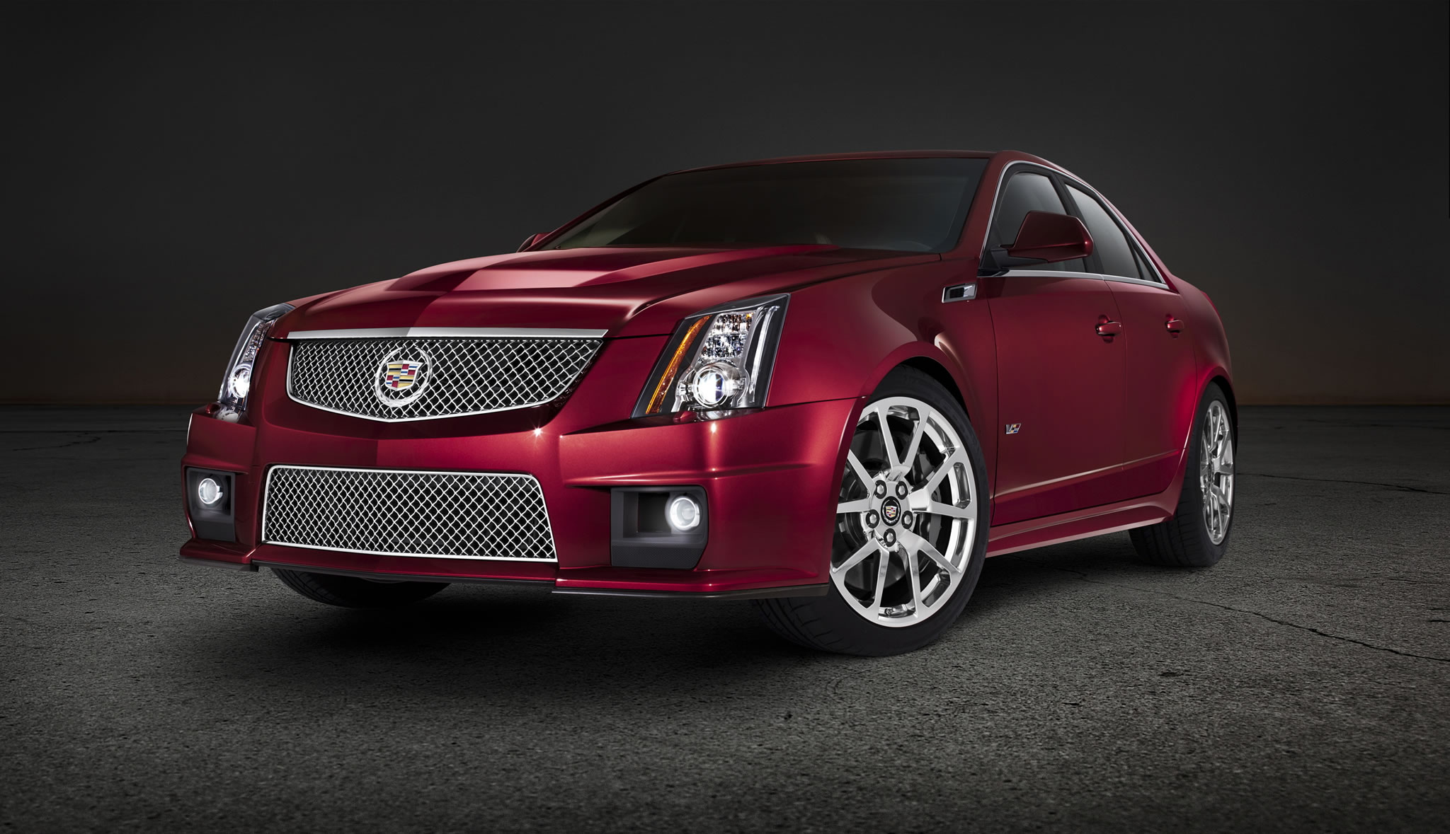 2014 cadillac cts v sedan front photo red obsession. Black Bedroom Furniture Sets. Home Design Ideas