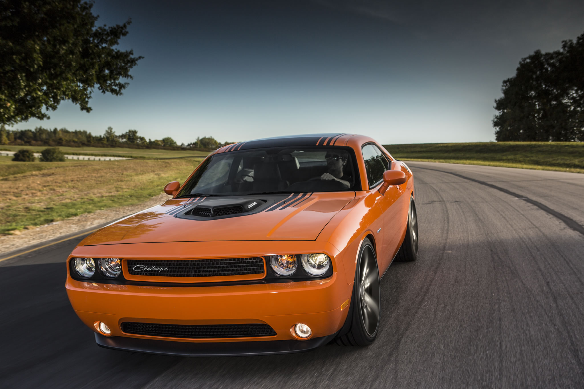 2014 Dodge Challenger R/T Shaker - front photo, Header ...