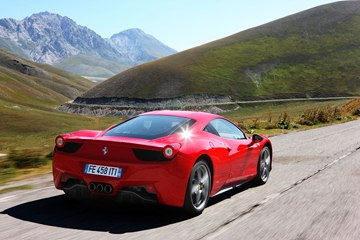 The 2014 458 Italia delivers superb vehicle dynamics with an ideal weight 