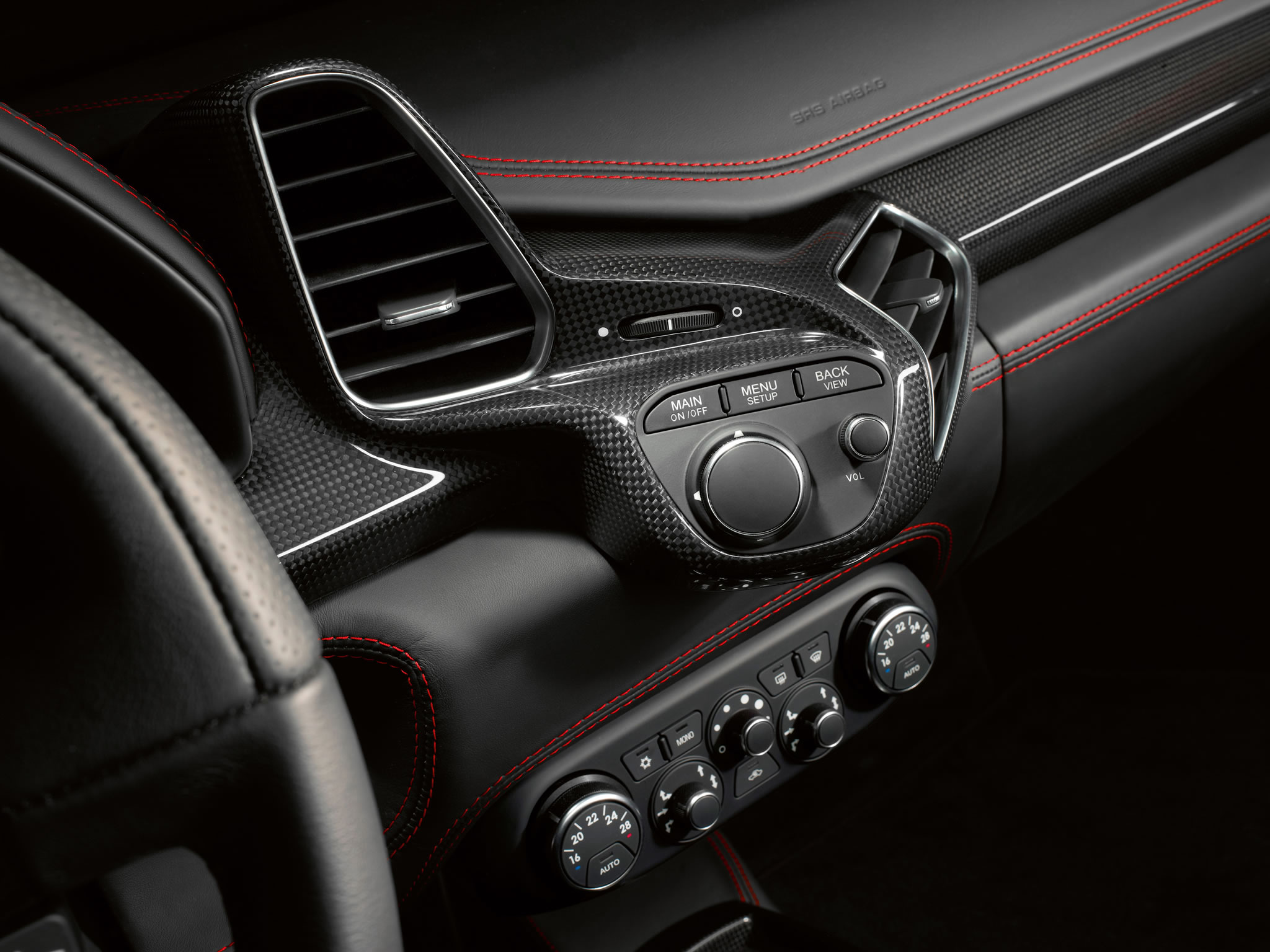 2014 Ferrari 458 Spider - interior - 327.5KB