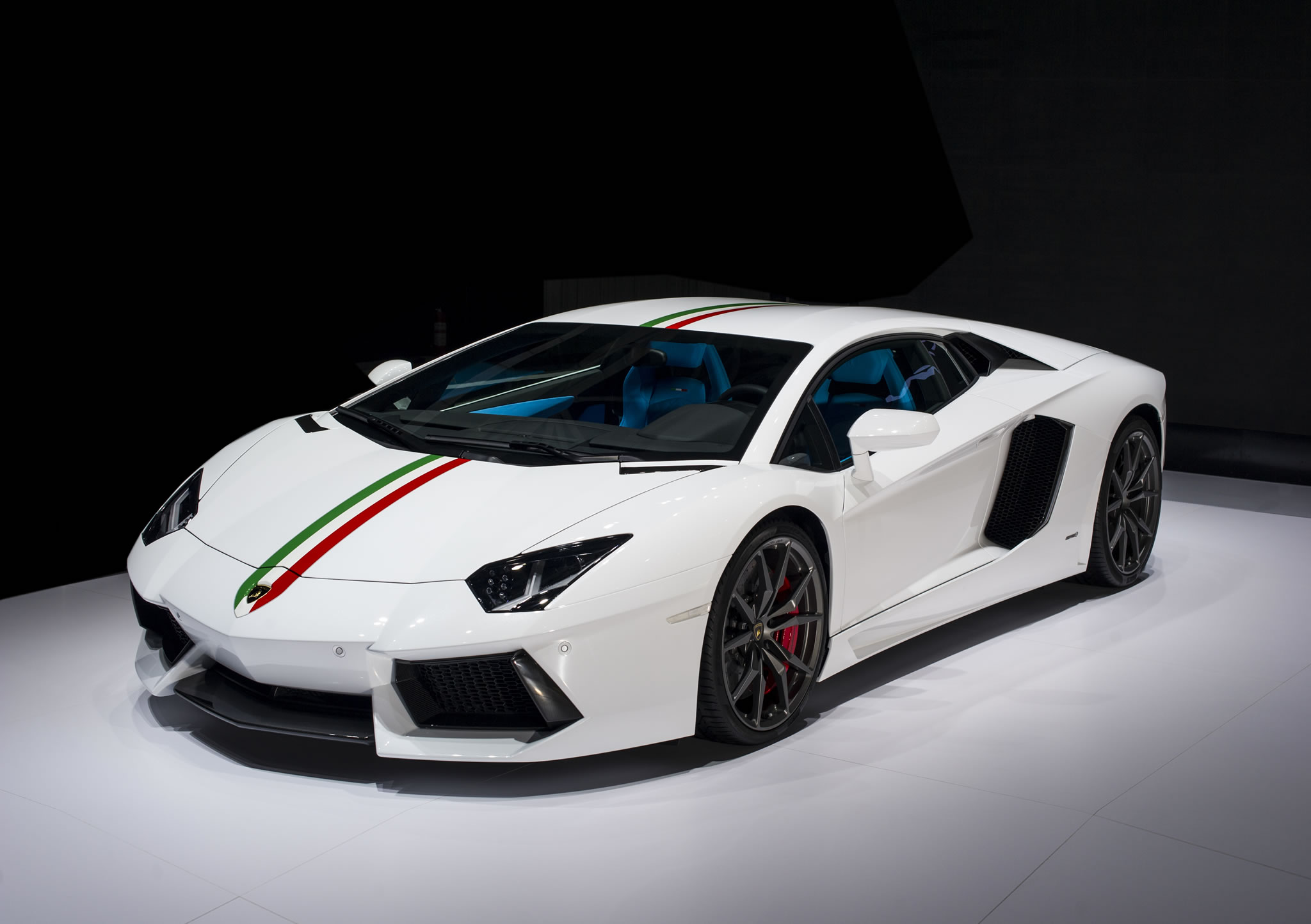 2014 Lamborghini Aventador LP 7004 Nazionale Photos Specs and