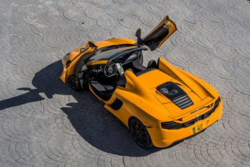The Spider has been developed alongside the MP4-12C as a 'pure McLaren' driver-focused sports car.