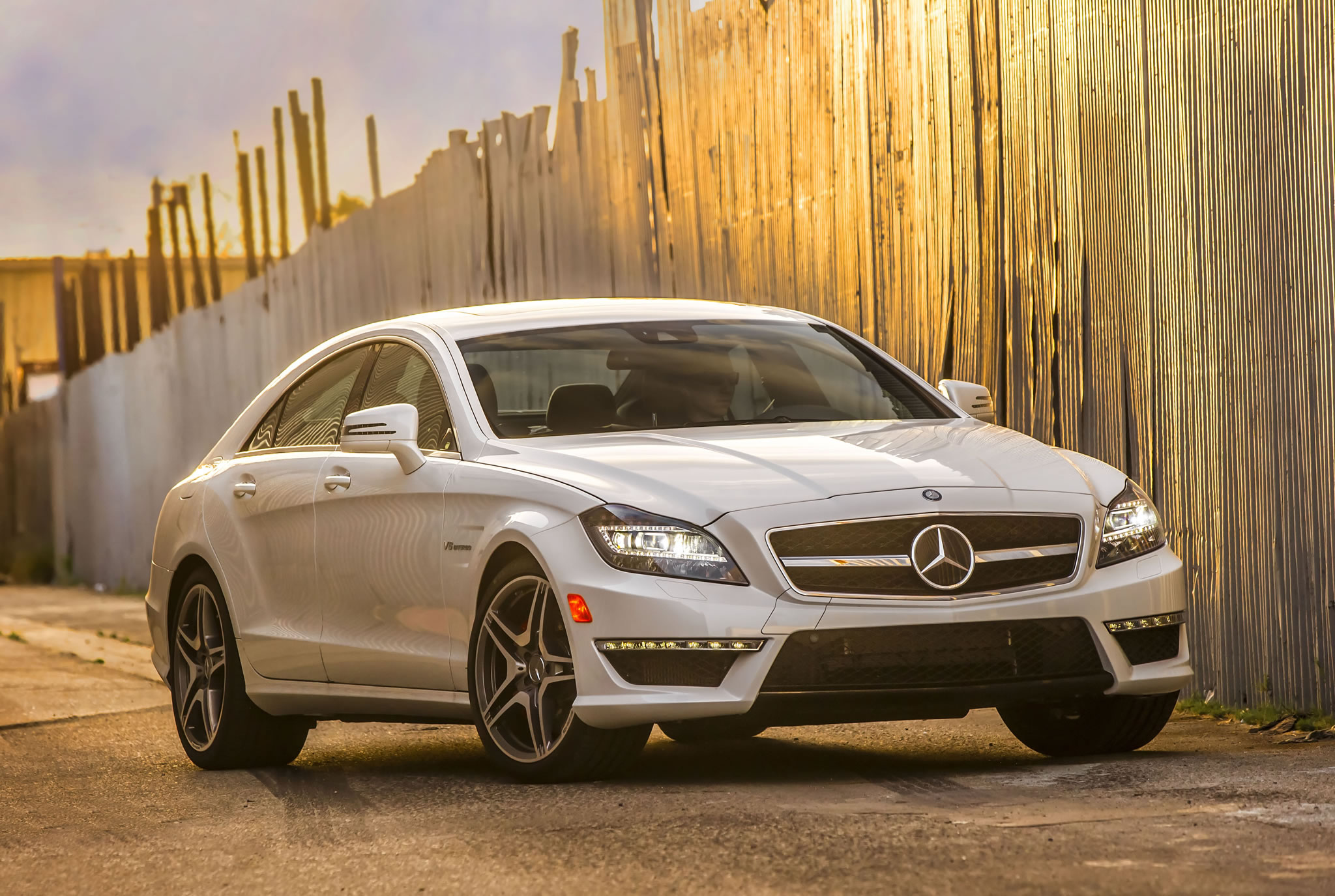 2014 Mercedes-Benz CLS63 AMG S-Model Photos, Specs and Review - RS