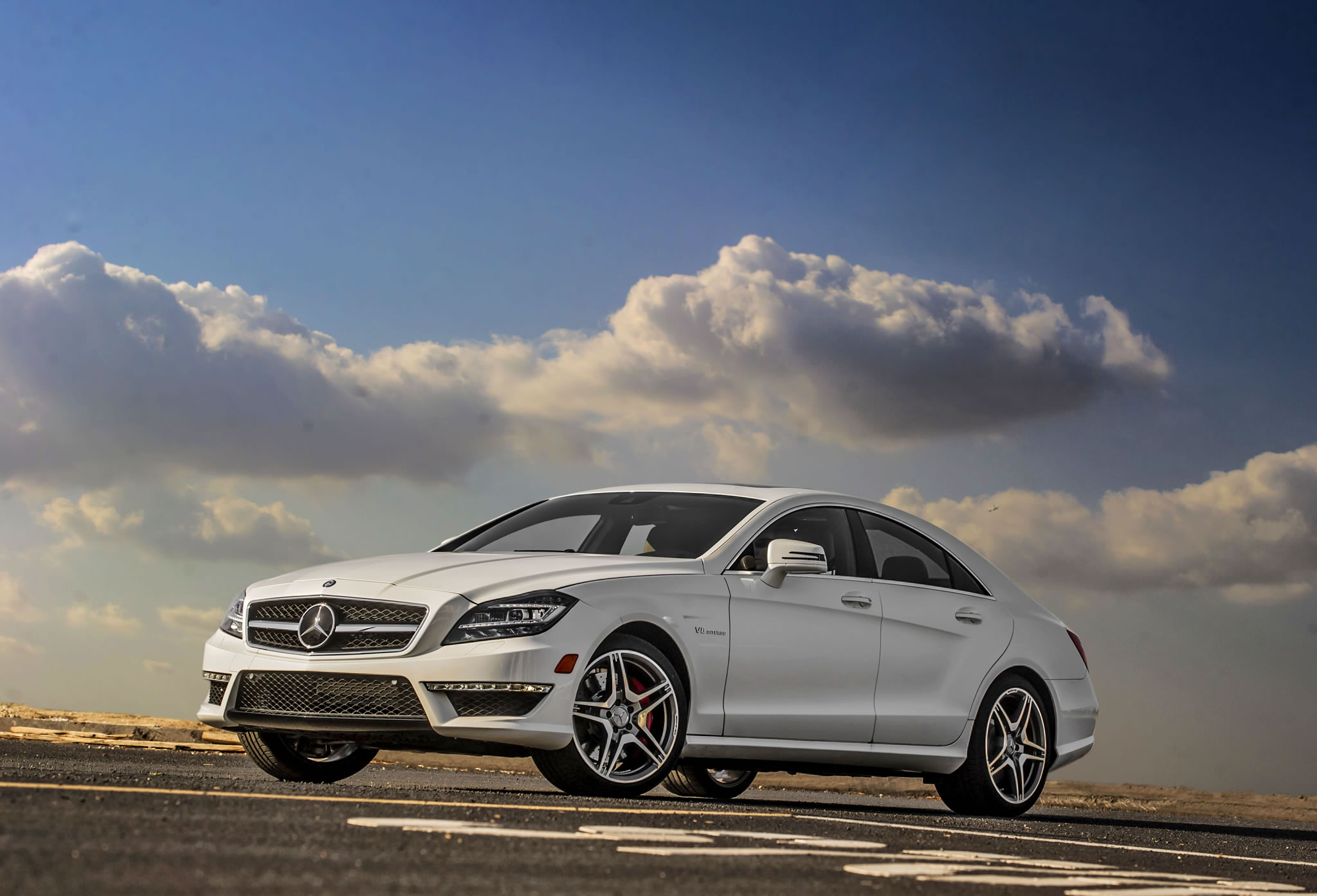 2014 mercedes benz cls63 amg s model front photo white for 2014 mercedes benz cls 63 amg