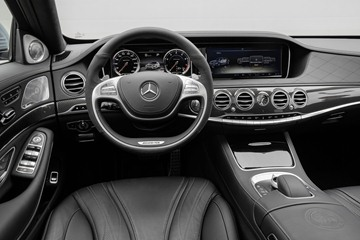The S63 AMG 4MATIC interior is a sophisticated 