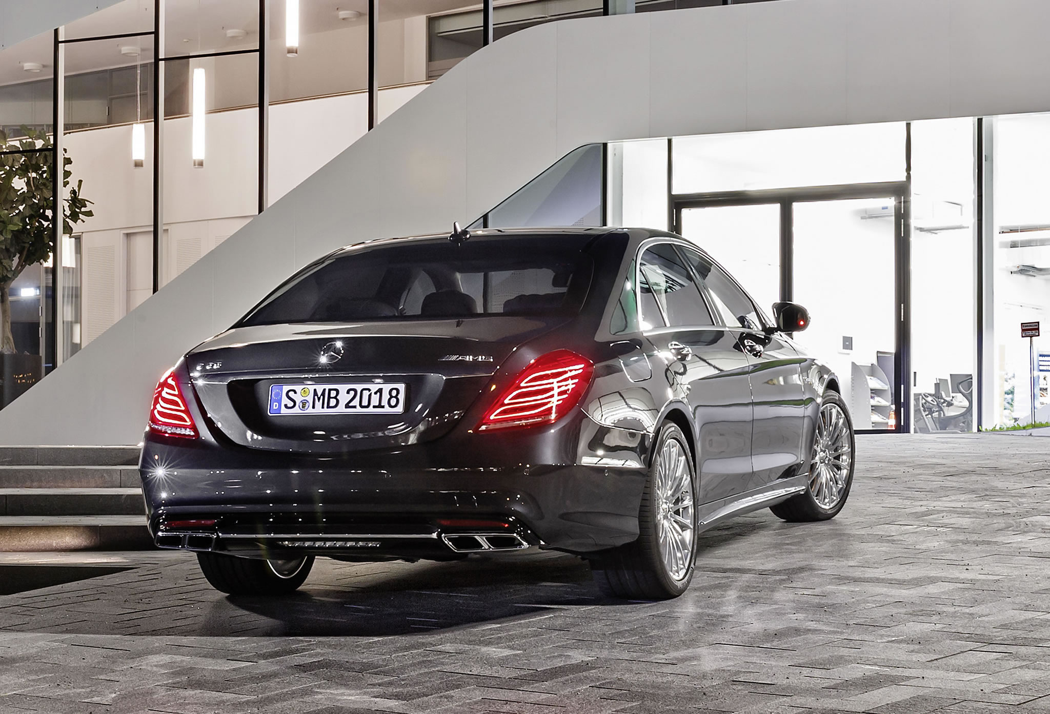2014 mercedes benz s65 amg rear photo magnetite black for Mercedes benz s65 amg 2014