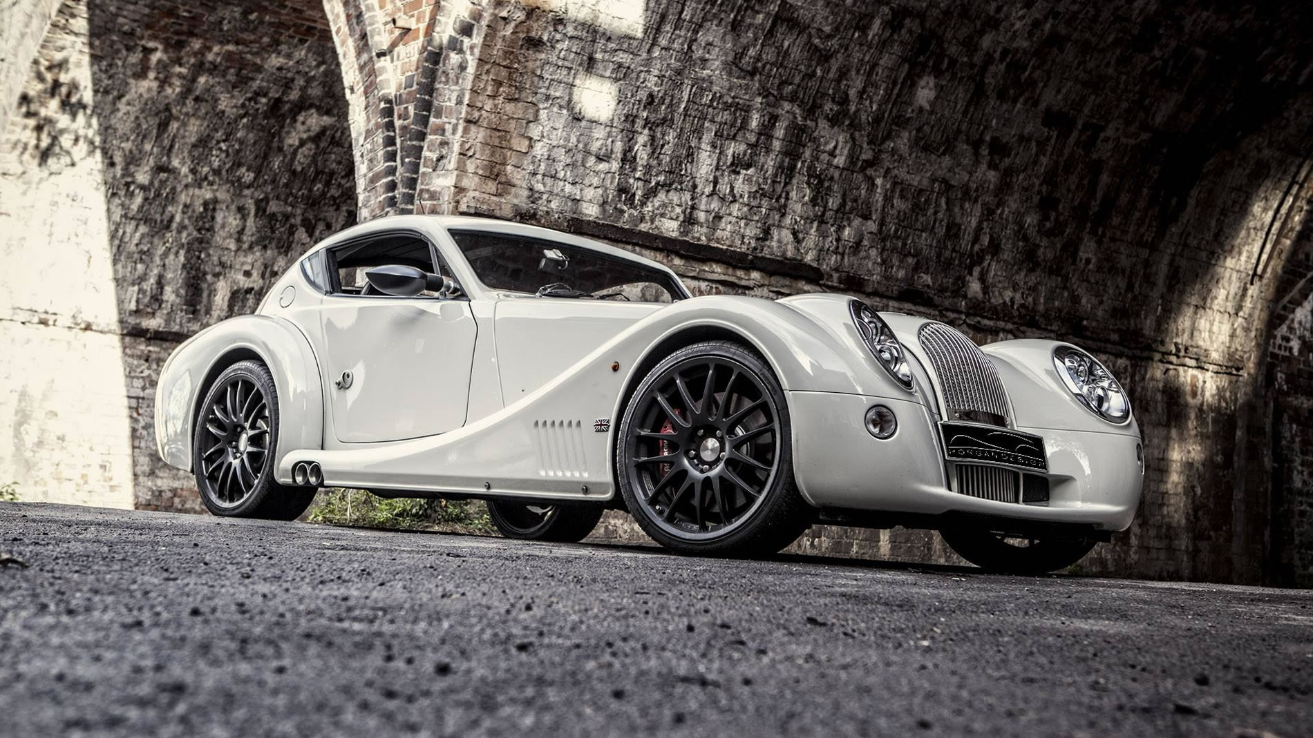 2014 morgan aero coupe front photo wallpaper size 1900 x 1069 nr 4 13. Black Bedroom Furniture Sets. Home Design Ideas