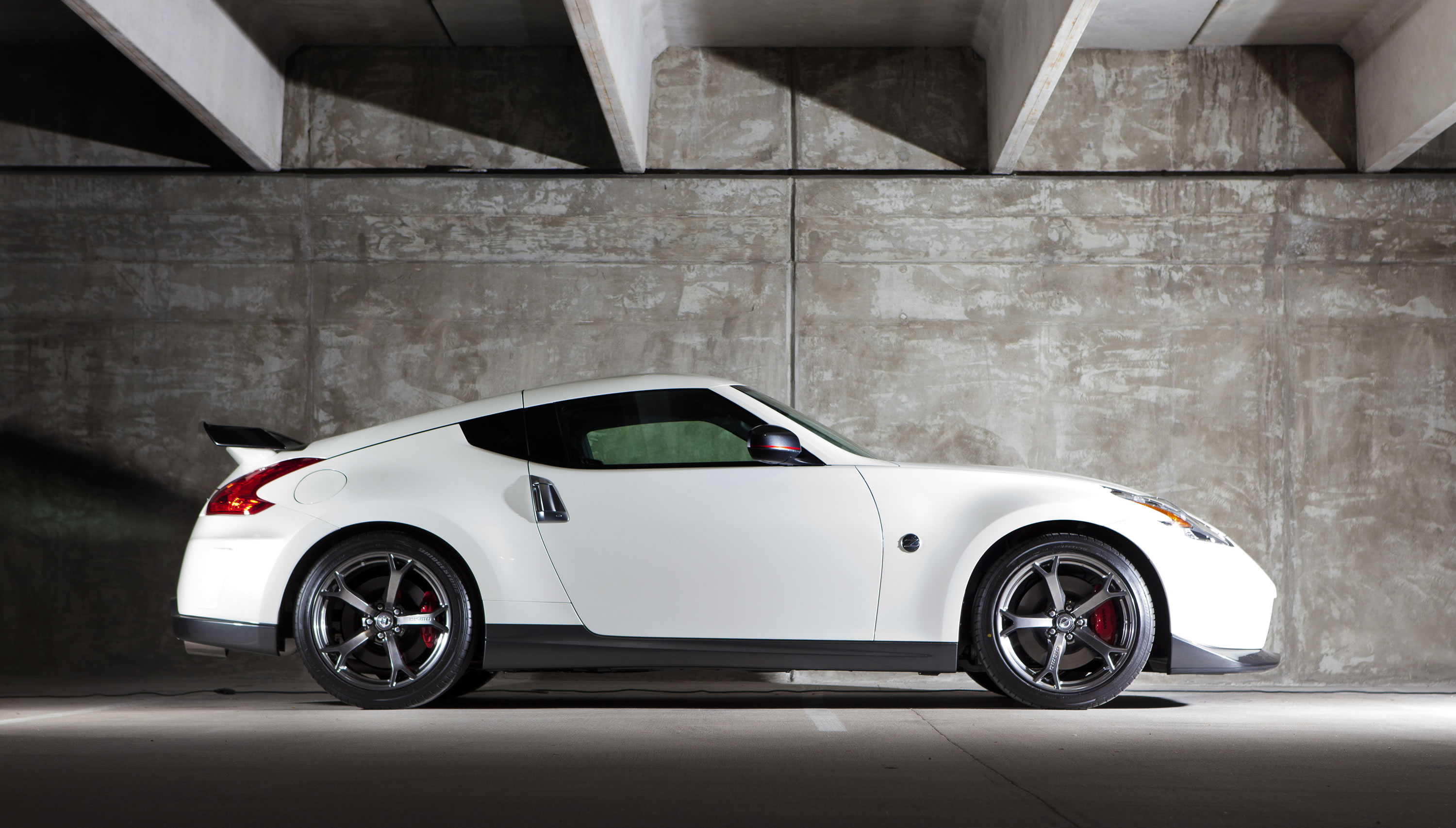 2014 Nissan 370Z NISMO Photos, Specs And Review