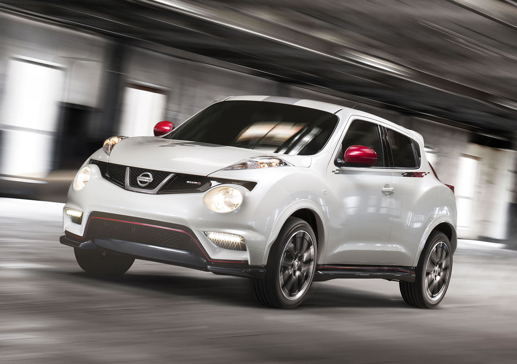 2014 Nissan Juke Nismo Front Photo Pearl White Color