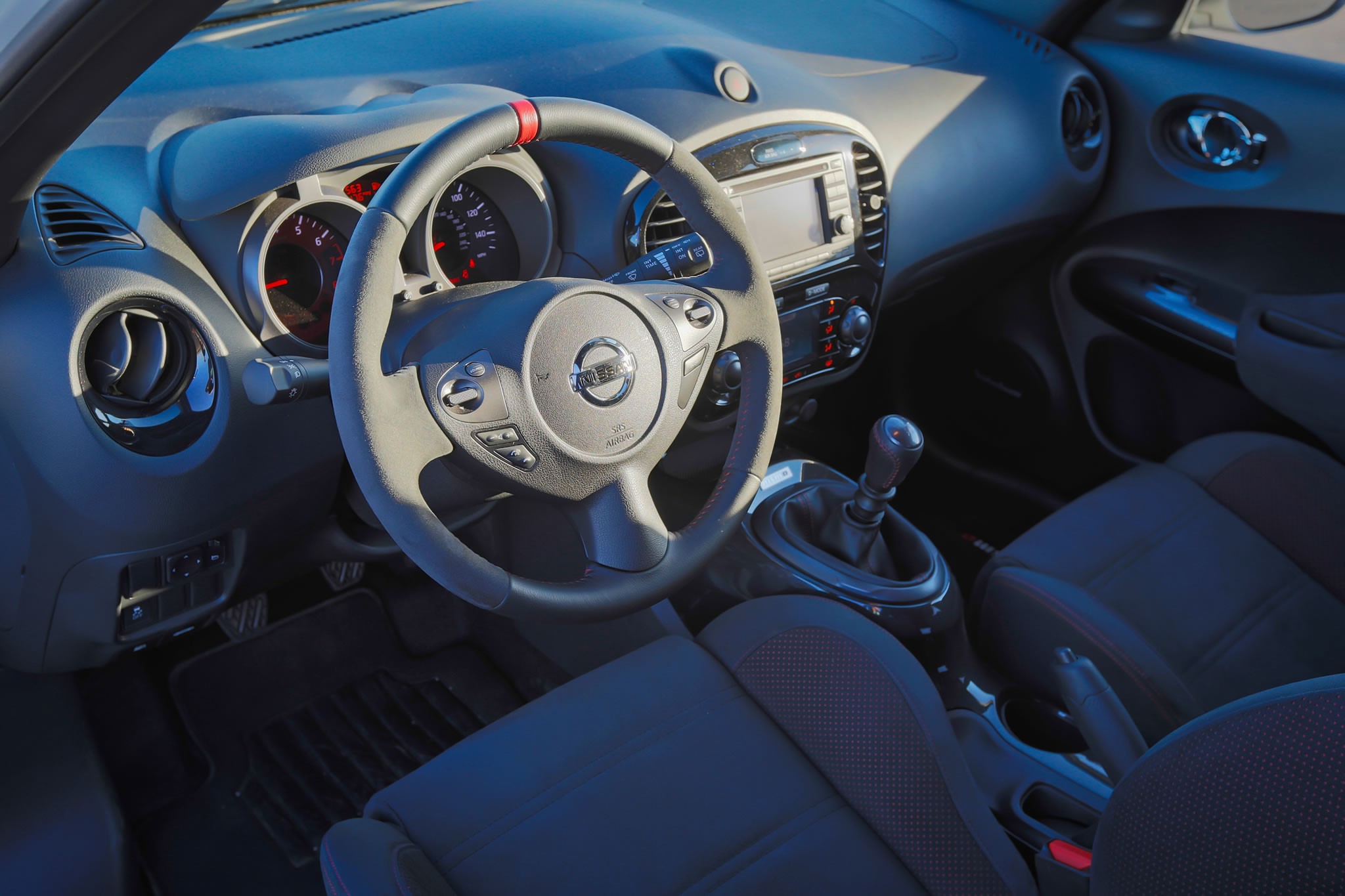 2014 Nissan Juke Nismo Interior Photo Steering Wheel