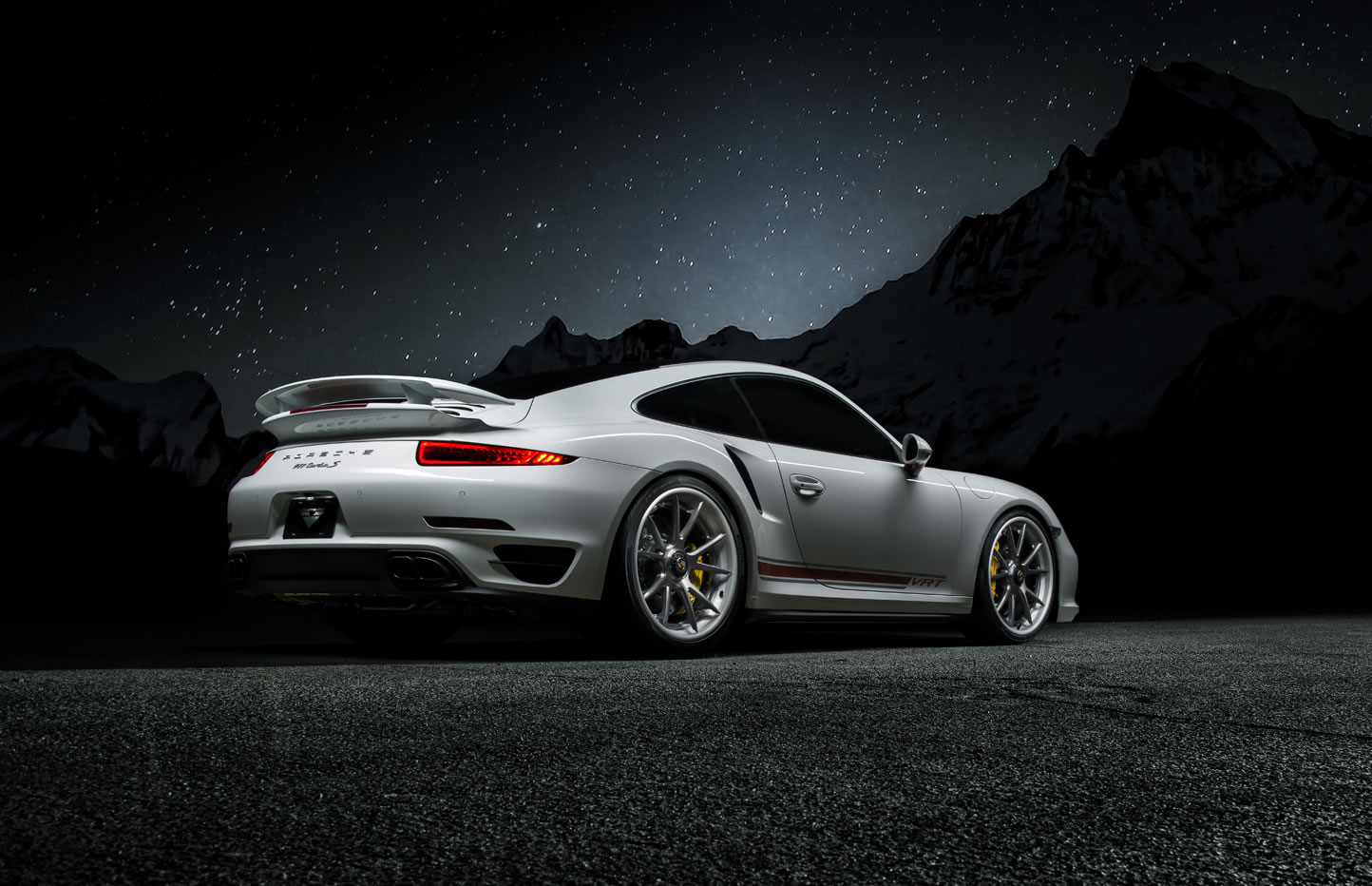 for each set of vse 004 wheels 30 hours of precision machining is required - 2015 Porsche 911 Turbo