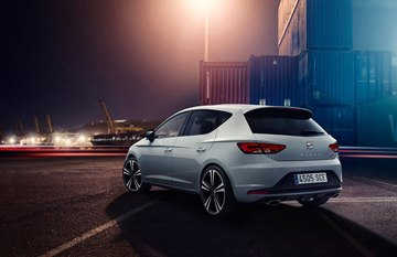 The Seat Leon Cupra 280 is visually differentiated by its unique 19-inch wheels 