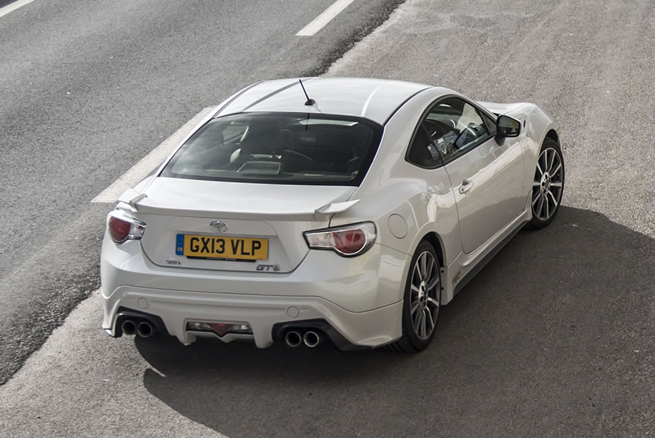 2014 Toyota Gt 86 Trd Rear Photo Pearl White Paint