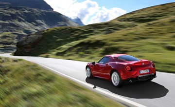 For the Alfa Romeo brand, the all-new 4C represents the essential sportiness 