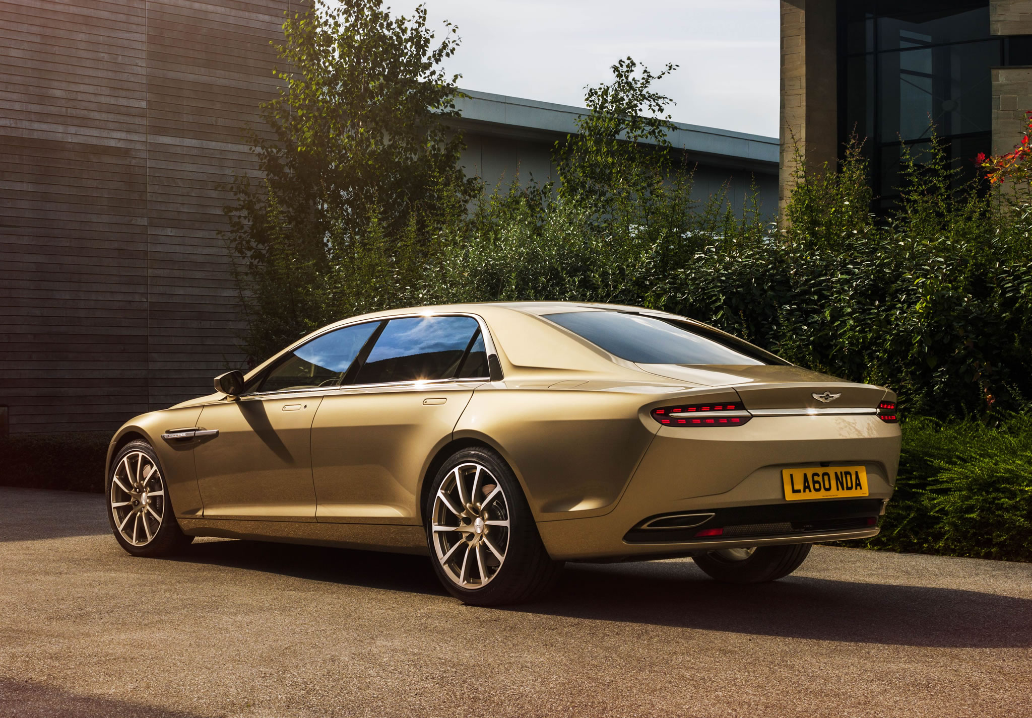 2015 Aston Martin Lagonda Taraf Rear Photo Bespoke