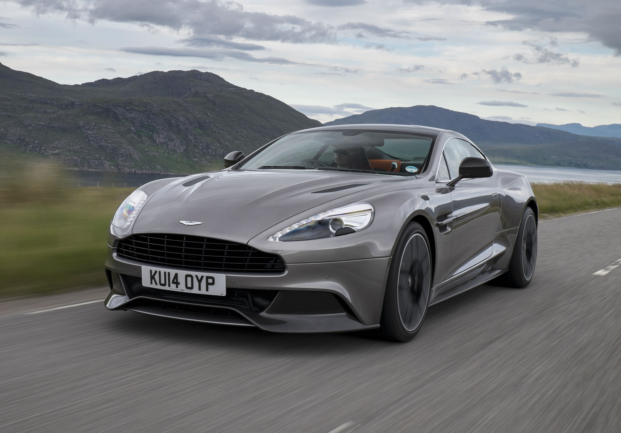 2015 aston martin vanquish - front photo, tungsten silver color