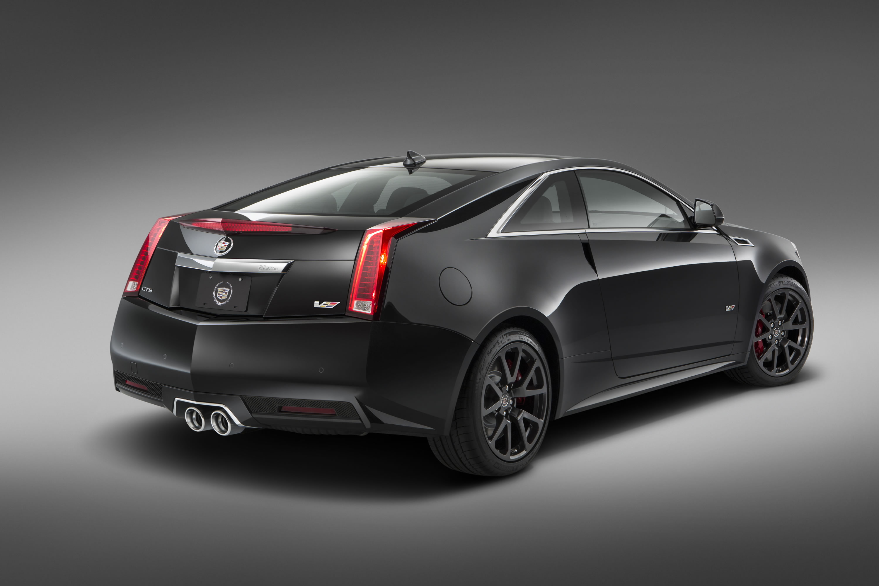 2015 cadillac cts v coupe special edition photos specs and review rs. Black Bedroom Furniture Sets. Home Design Ideas