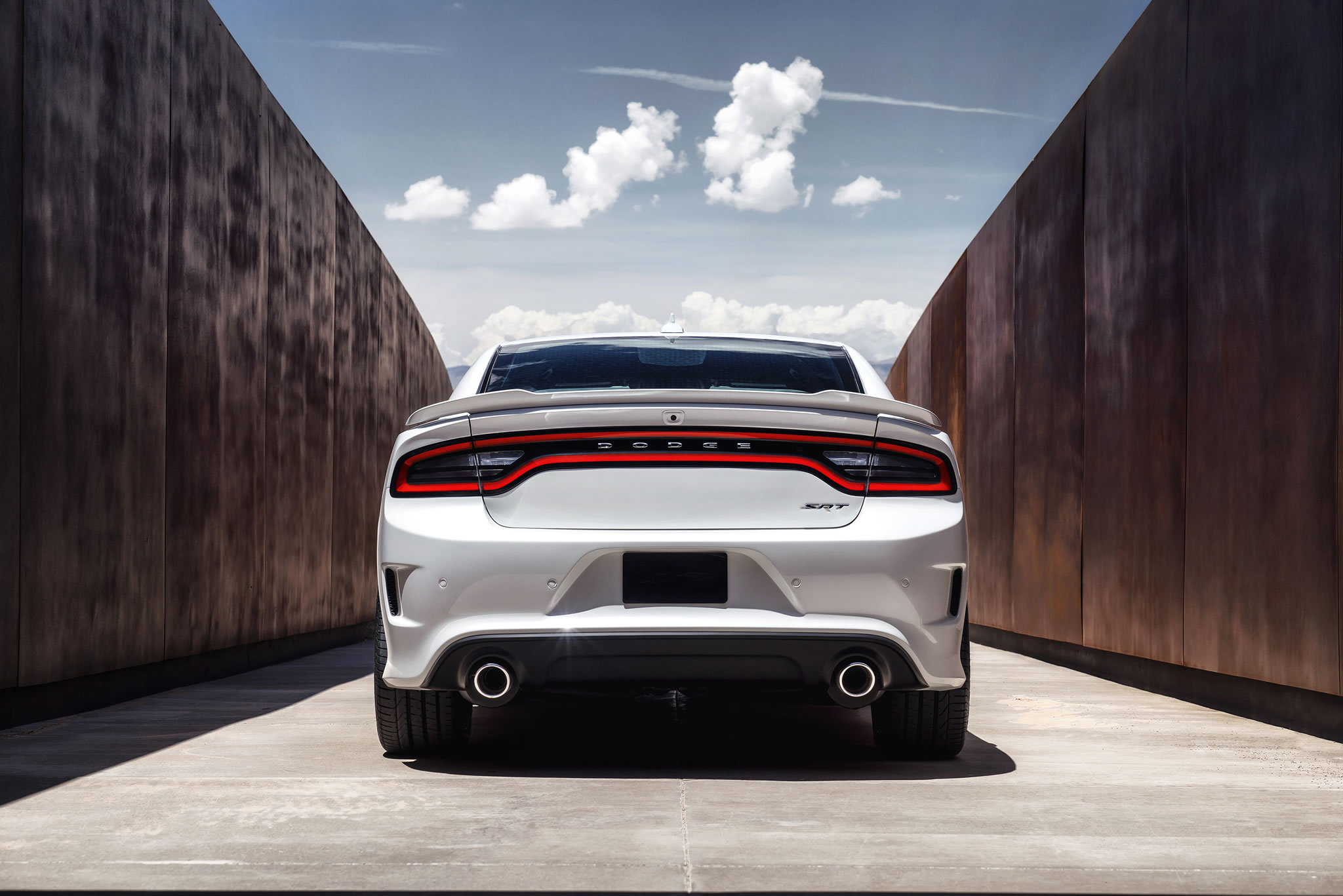 2015 Dodge Charger Srt Hellcat Rear Photo White Color