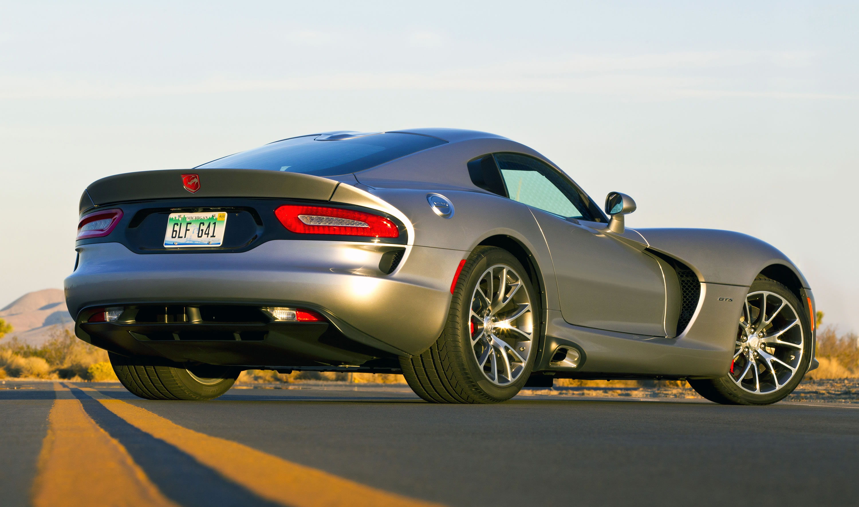Engine calibration and transmission refinements for 2015 raise the horsepower rating for the viper s v