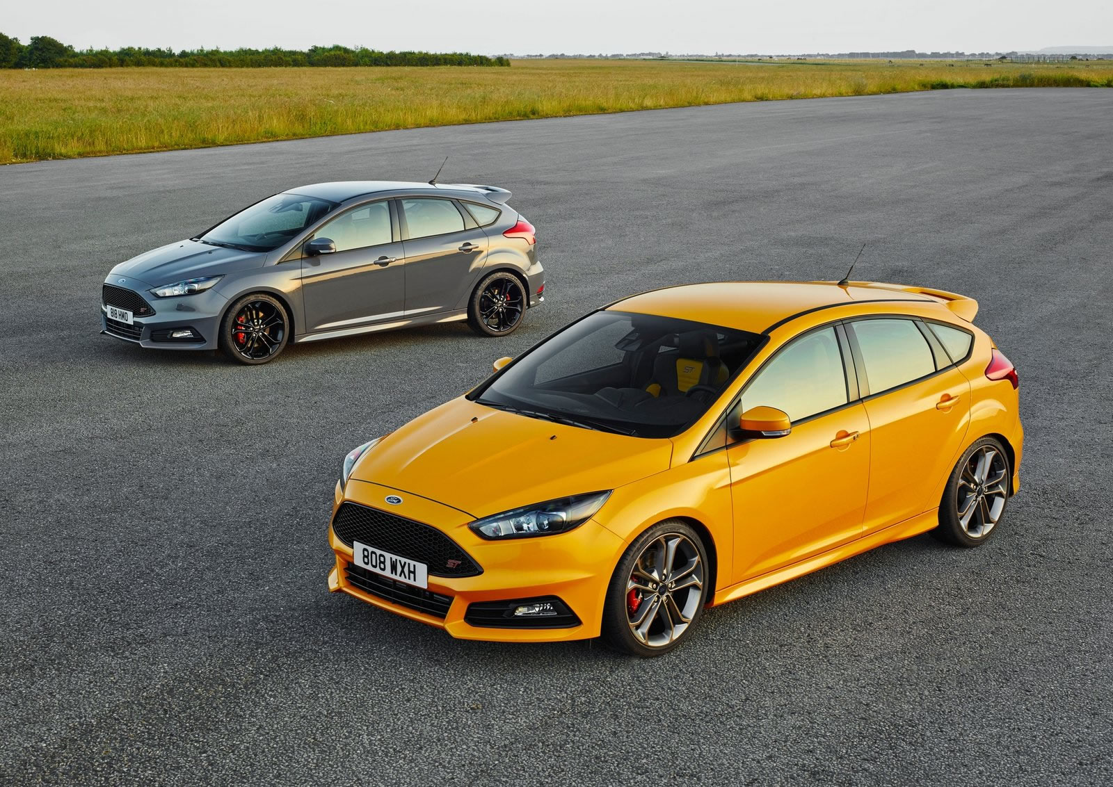 2015 Ford Focus St Front Photo Tangerine Scream Color