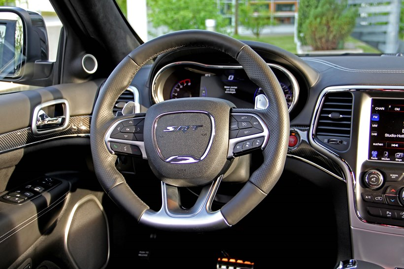 2015 jeep gran cherokee srt by geigercars interior photo steering wheel size 2048 x 1365 nr. Black Bedroom Furniture Sets. Home Design Ideas