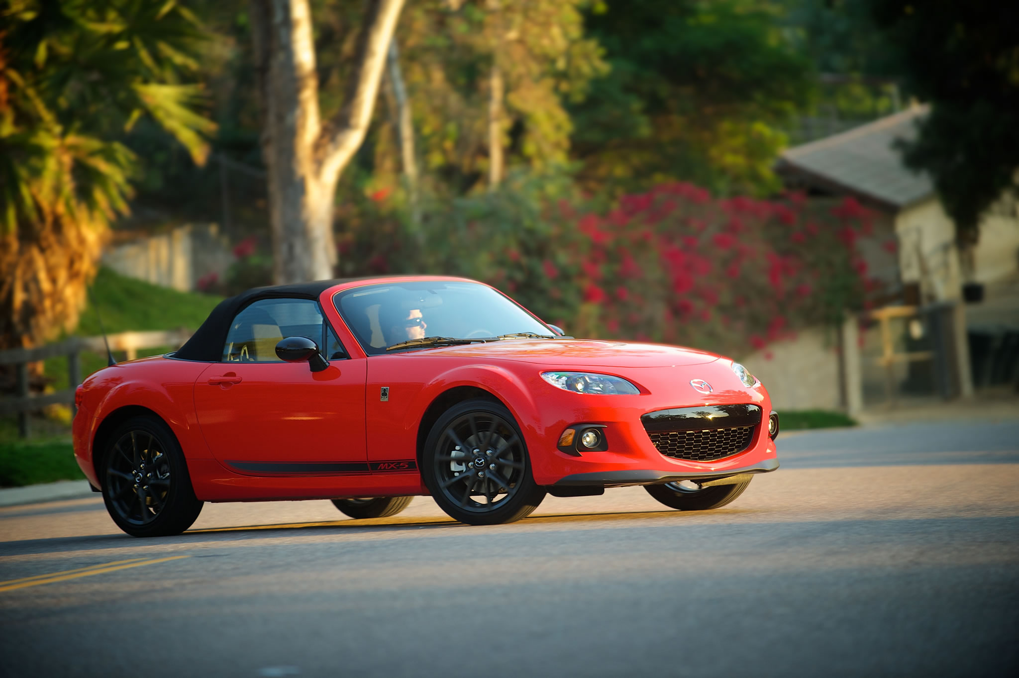 2015 mazda mx 5 miata club front photo true red color size 2048 x 1363 nr 14 29. Black Bedroom Furniture Sets. Home Design Ideas