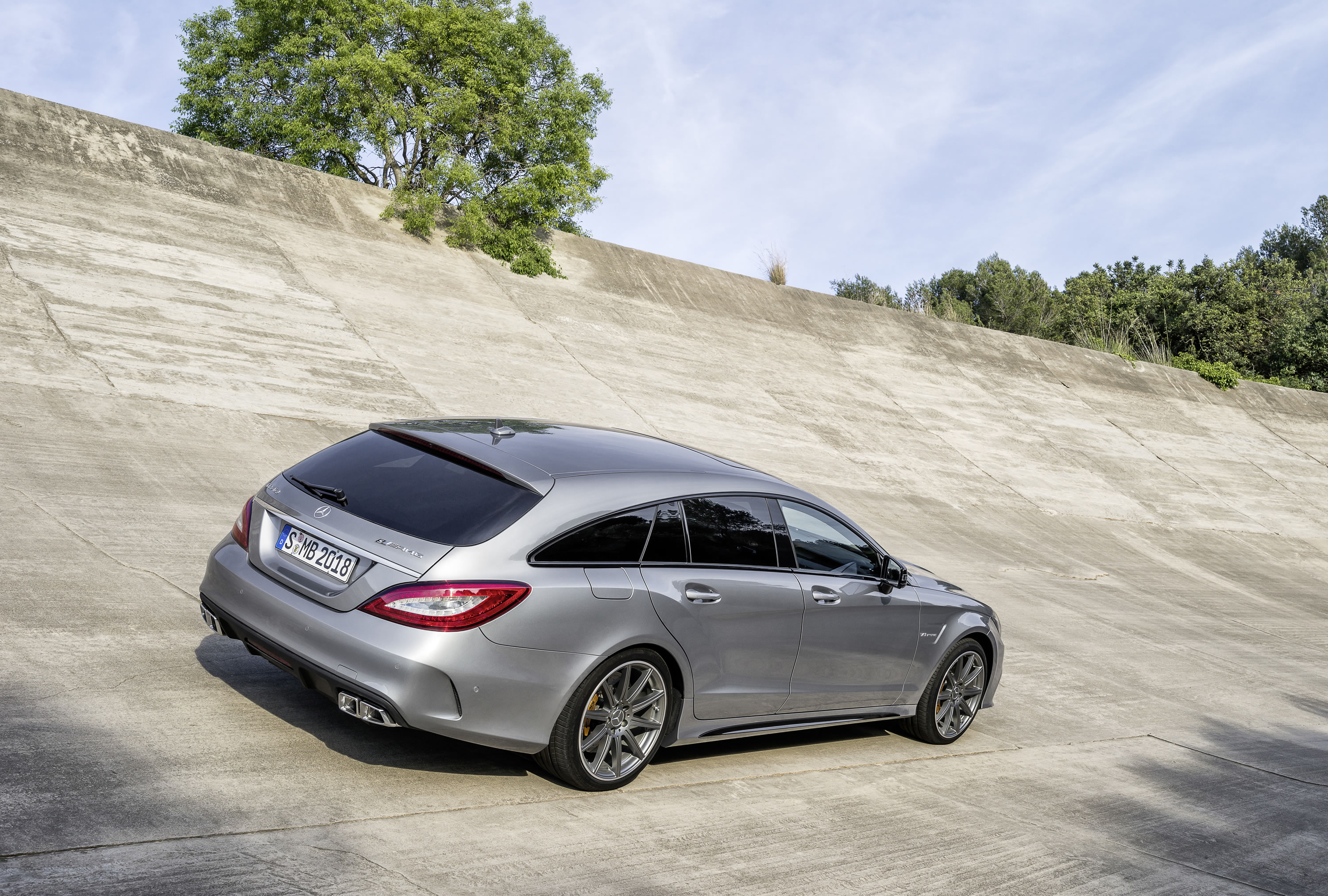 2015 cls63 amg s model shooting brake - Mercedes Amg Cls63 2015