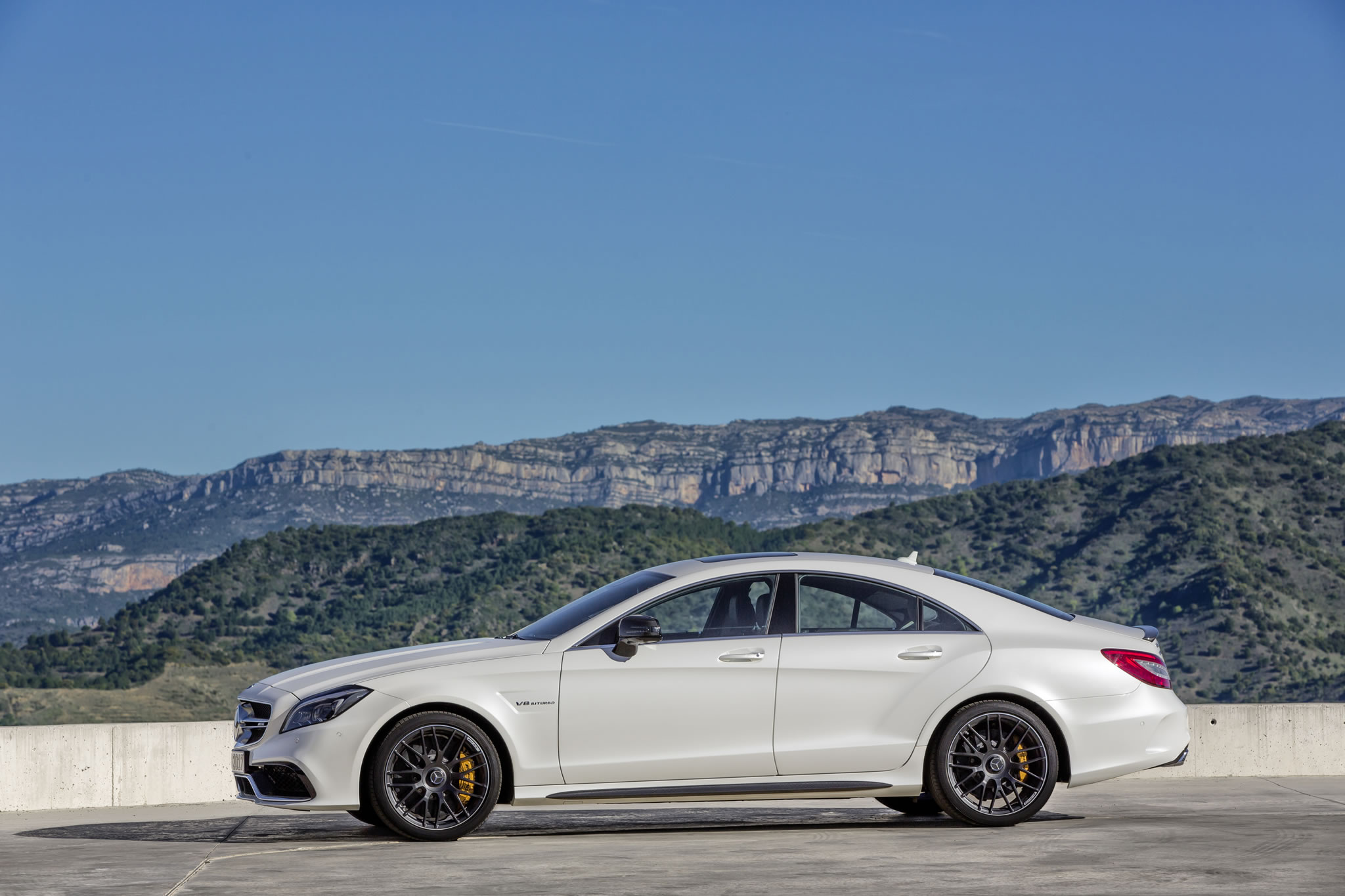 2015 mercedes benz cls63 amg s model side photo diamond for Mercedes benz amg cls63