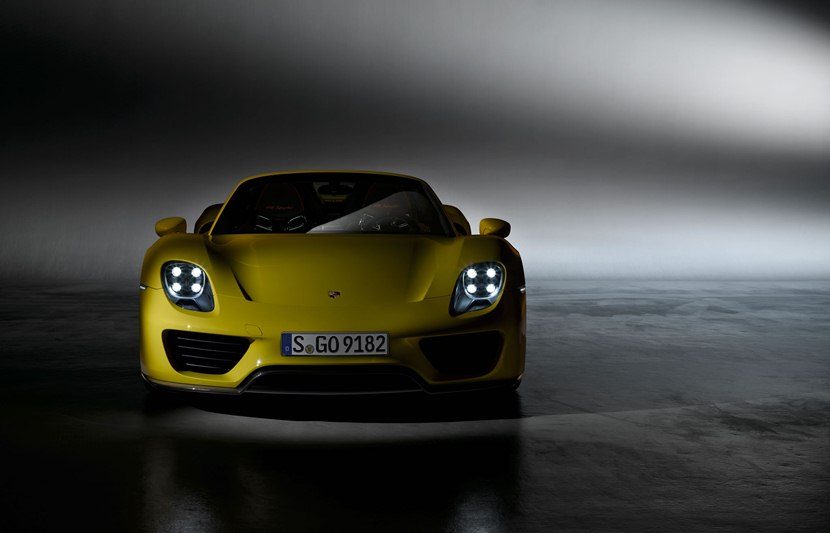 front, Racing Yellow color