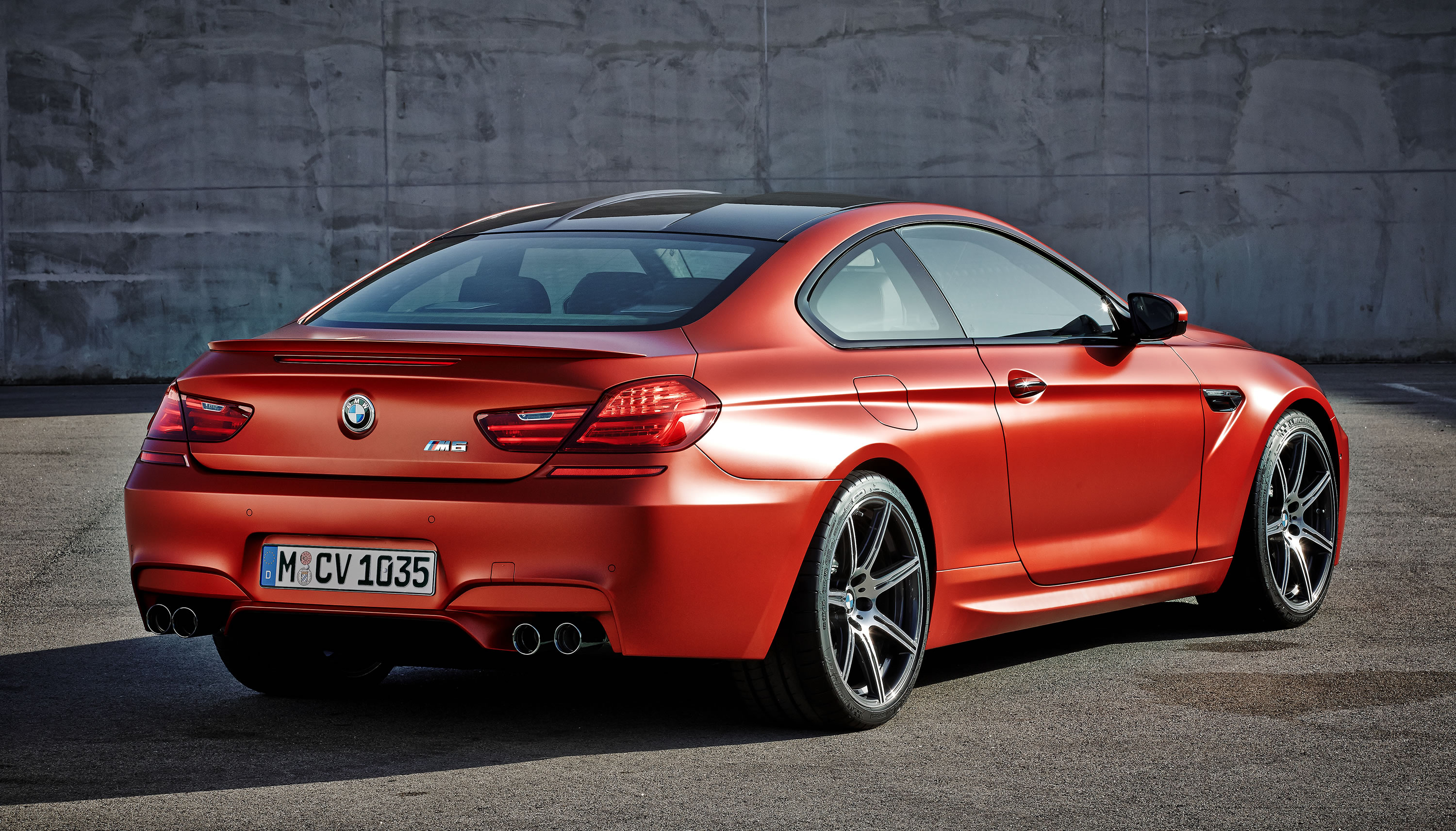 2016 bmw m6 coupe photos specs and review rs. Black Bedroom Furniture Sets. Home Design Ideas