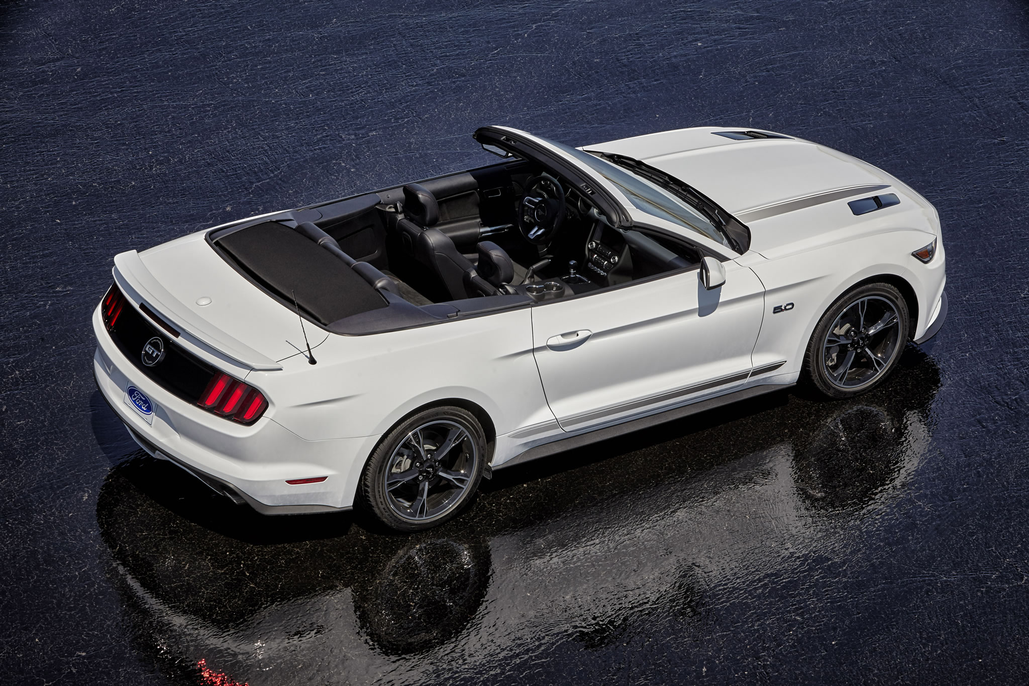 2016 Ford Mustang Gt Convertible Rear Photo Oxford