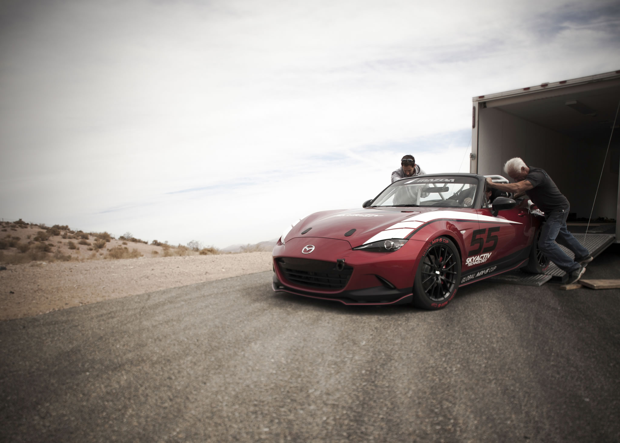 2016 mazda mx 5 miata cup race car front photo size 2048 x 1463 nr 8 28. Black Bedroom Furniture Sets. Home Design Ideas