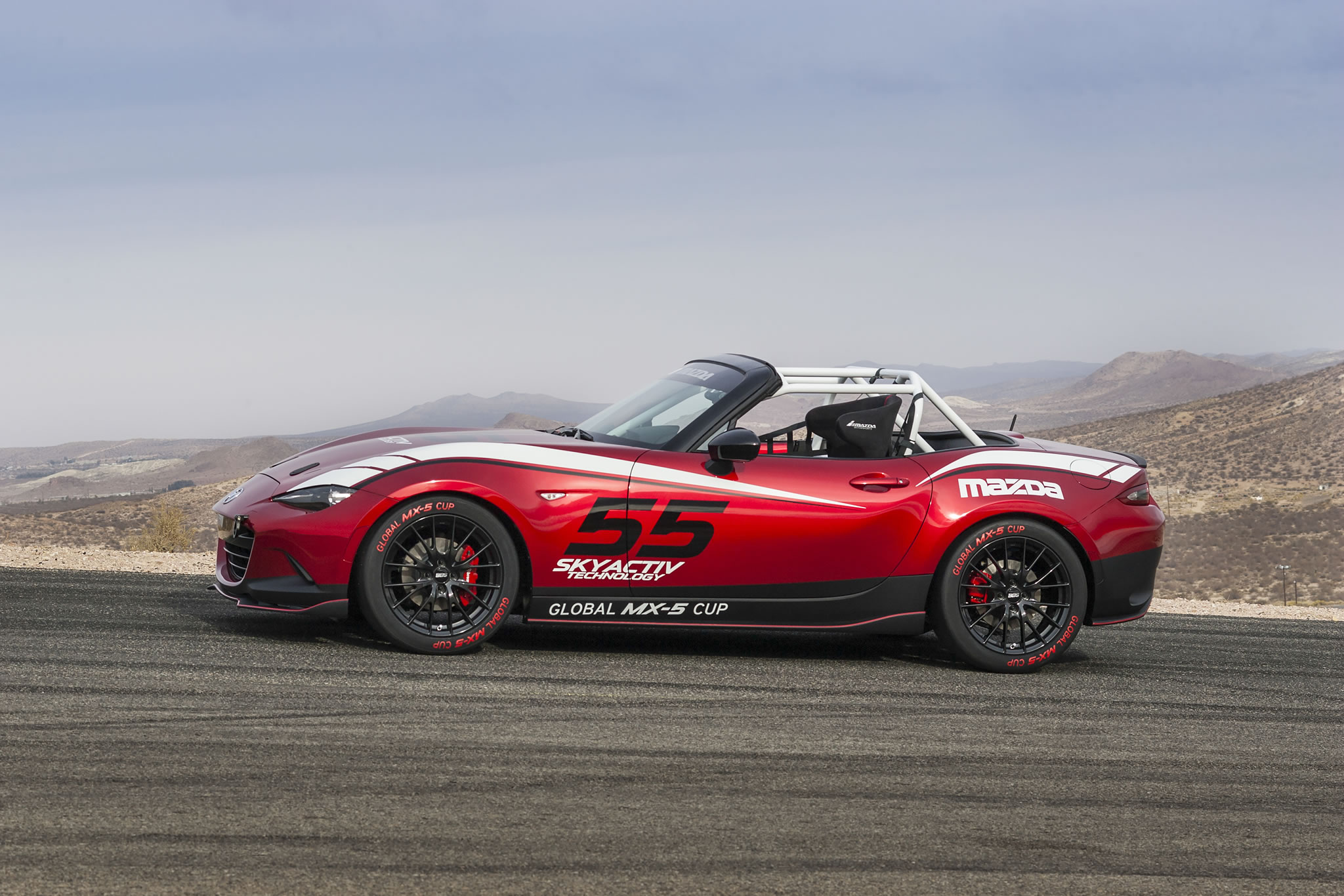 2016 mazda mx 5 miata cup race car side photo size 2048 x 1366 nr 14 28. Black Bedroom Furniture Sets. Home Design Ideas