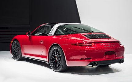 The latest Targa can be made out at first glance as a GTS model with all-wheel 