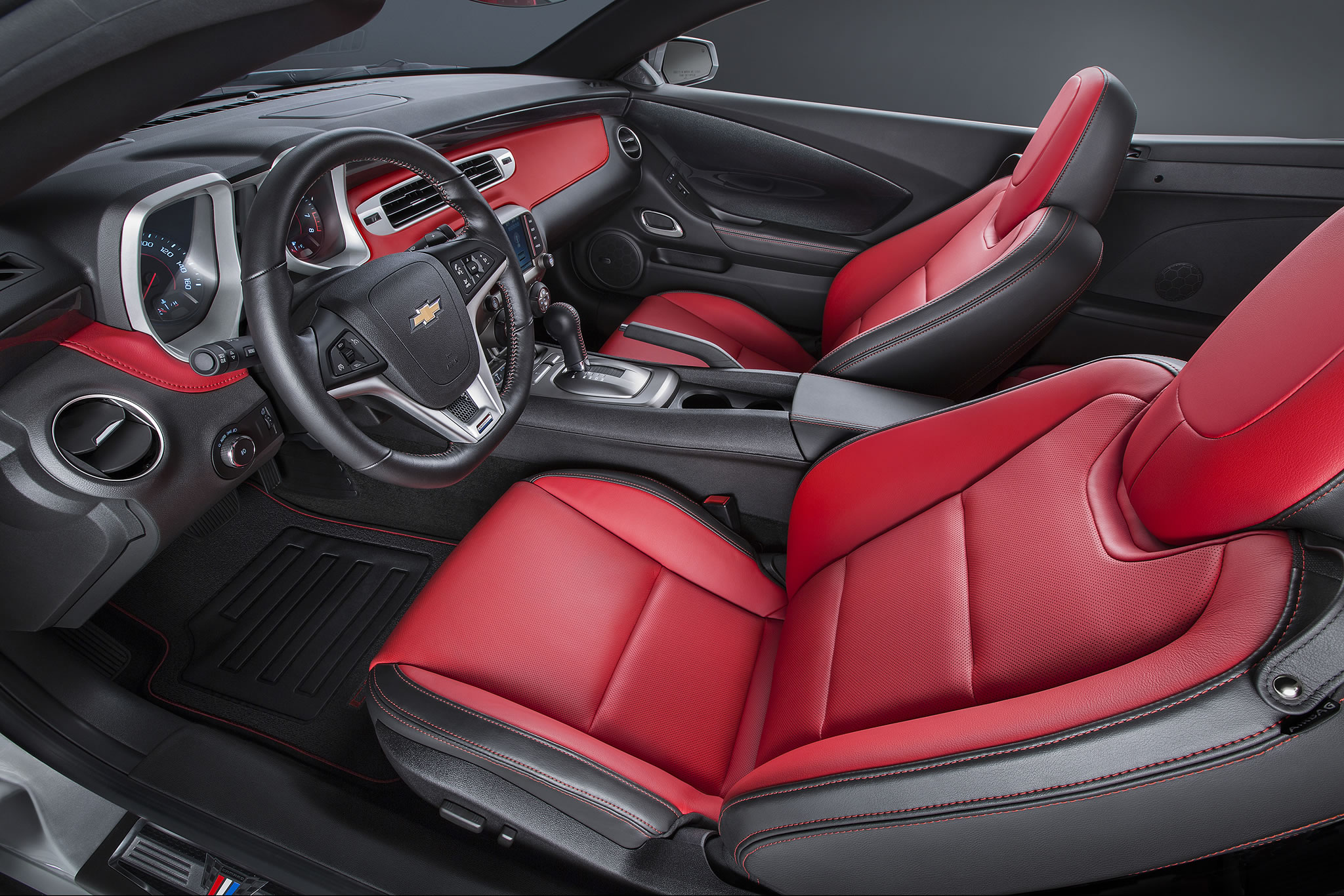 2015 Chevrolet Camaro Commemorative Edition Interior