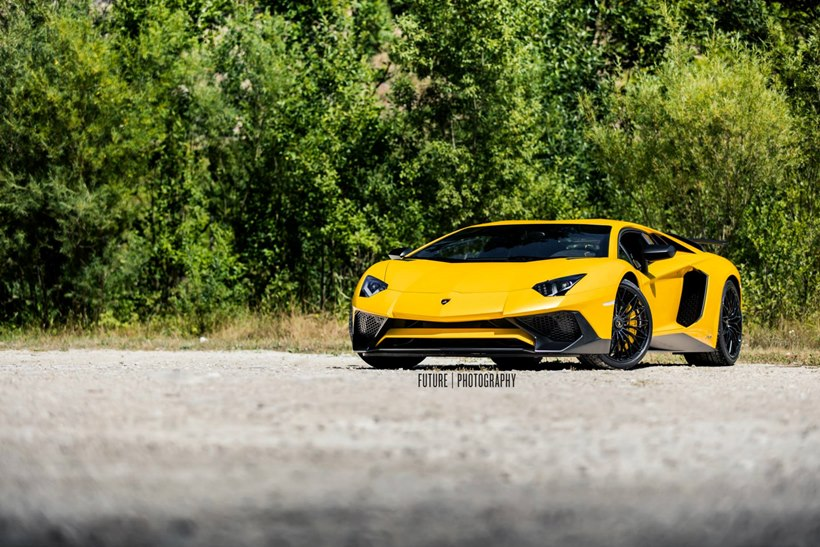 2016 Lamborghini Aventador LP 7504 Superveloce  front photo, size