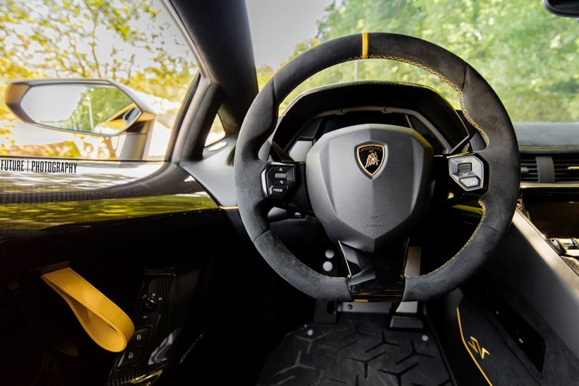 2016 Lamborghini Aventador LP 7504 Superveloce  interior photo