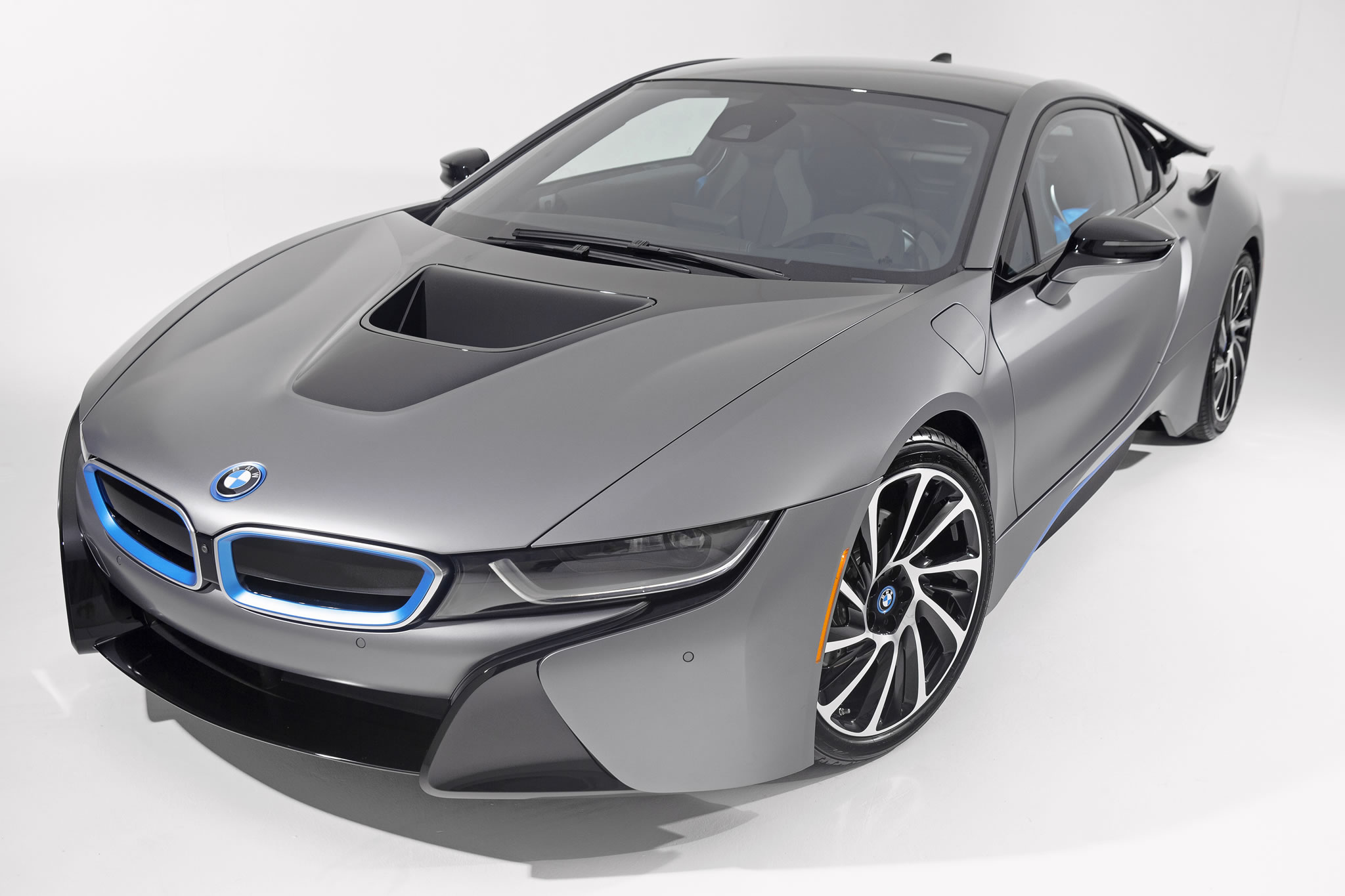 One Off Bmw I8 Frozen Grey Sold For 825 000 At Auction